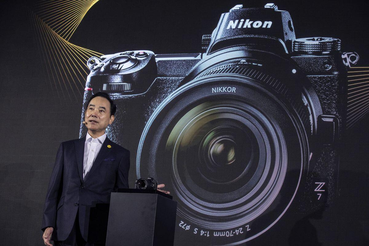 Nikon Takes On Sony With Mirrorless Camera