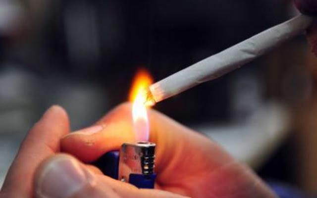Γιατί προτιμούν βαριά παυσίπονα οι καπνιστές; Νέο χτύπημα για τους λάτρεις της νικοτίνης...