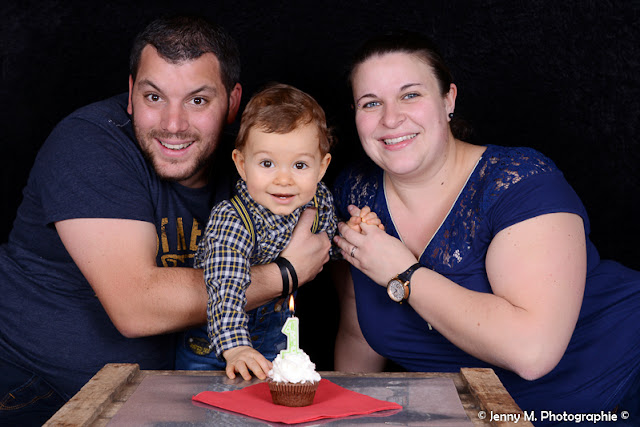 photo famille 1er anniversaire de bébé portrait studio enfant