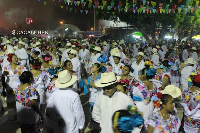 jaranerosen noches de vaquería de la fiesta del pueblo
