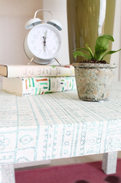 Make a fabric wrapped side table | ikea hacks