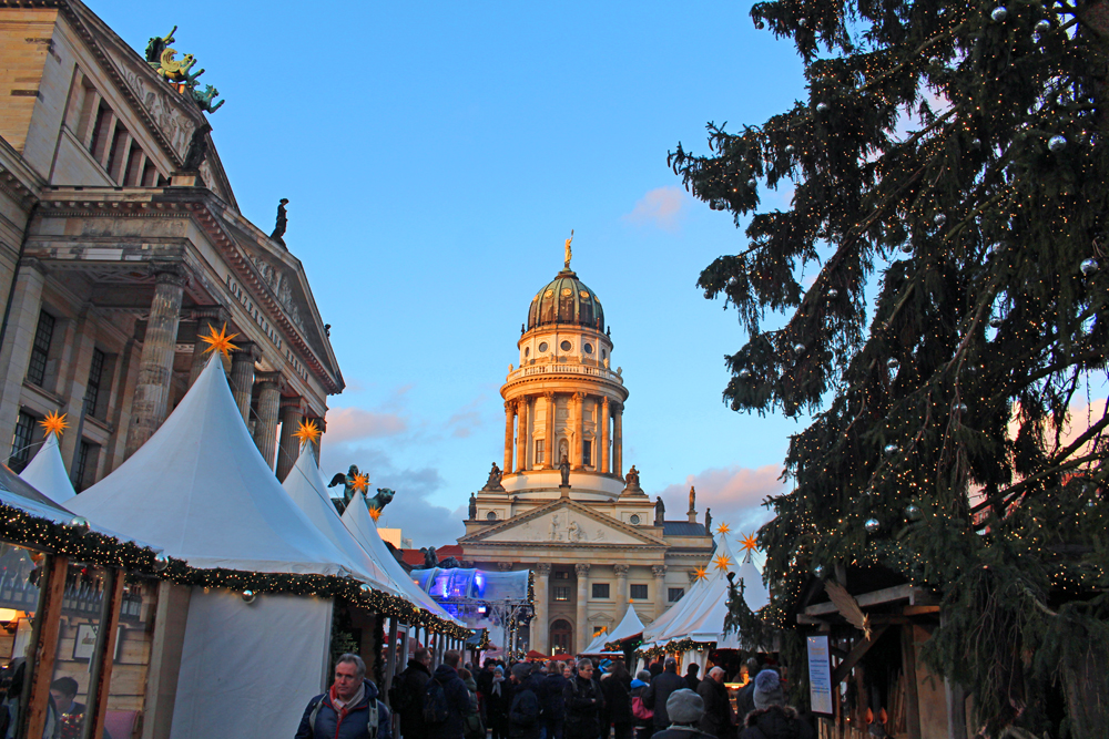 Gendarmenmarkt German Christmas market in Berlin - travel & lifestyle blog