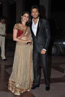Ritesh-Deshmukh-with-wife-Genelia-at-the-Sangeet-Ceremony-of-actress-Esha-Deol-at-Hotel-Lalit-Intercontinental-in-Mumbai