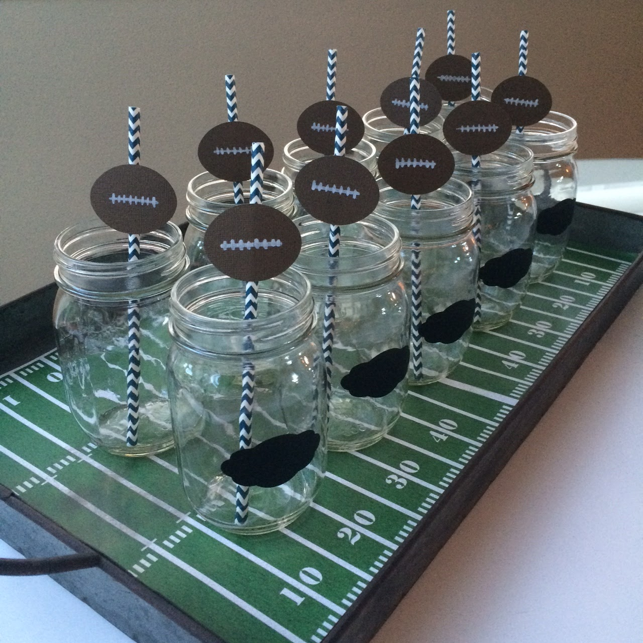 Super Bowl Party Tray @craftsavvy @sarahowens #craftwarehouse #superbowl #party #diy #masonjars