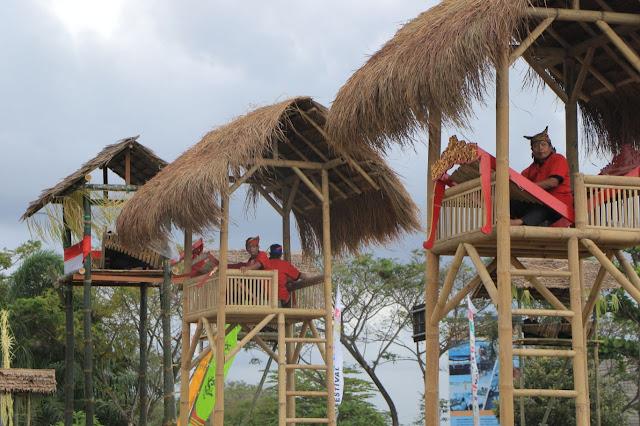 Festival Angklung di Menara Bambu, Upaya Merawat Kearifan Lokal ala Banyuwangi