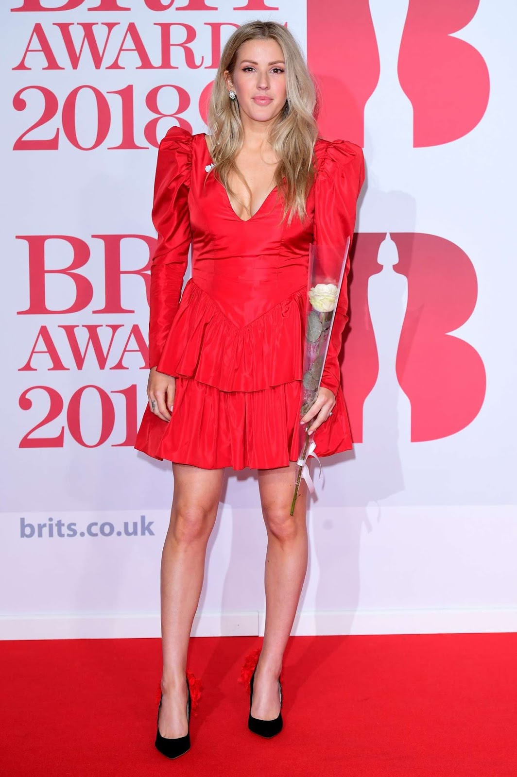Ellie Goulding bares long legs at the 2018 BRIT Awards