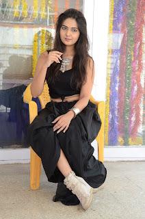 Actress Neha Deshpande Vajralukavaala Nayana Movie Opening  0159.JPG