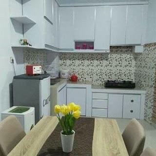 dapur minimalis hitam putih