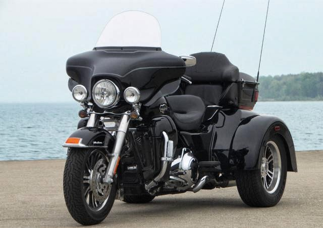 Harley-davidson Tri Glide Ultra Classic Bike Images