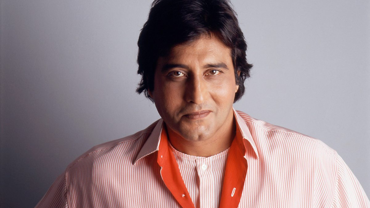 Bollywood Actor Vinod Khanna has died of cancer