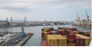 Le grandi navi a Livorno