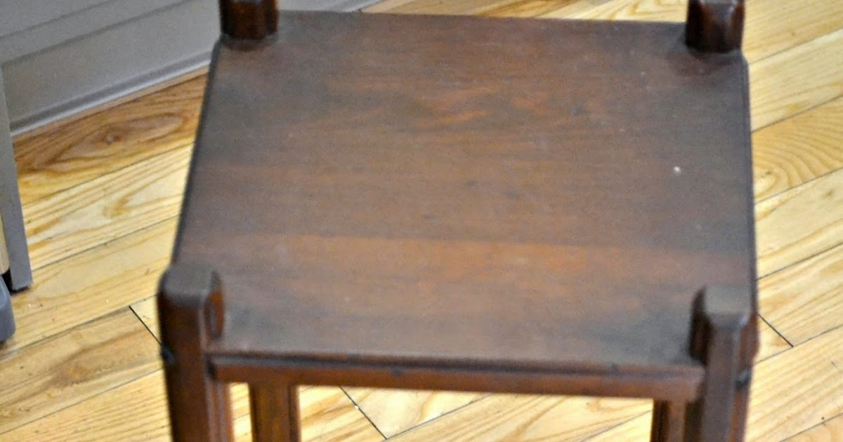 Tall Small Side Table: Grandma's Chippy Little Table