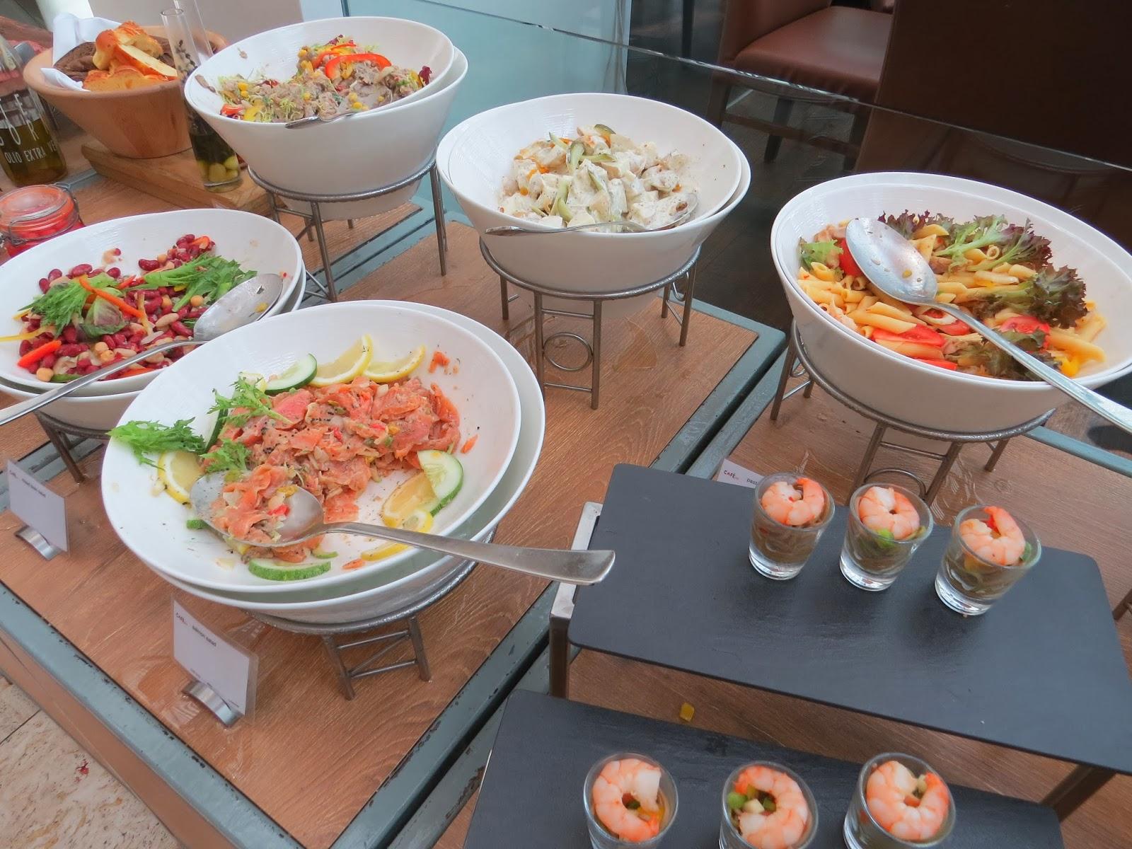 Cafe Swiss Swissotel Singapore Nkikichua