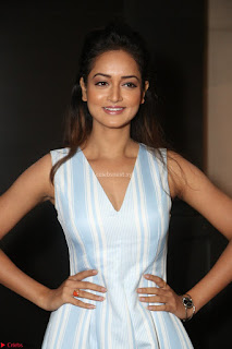 Shanvi Looks super cute in Small Mini Dress at IIFA Utsavam Awards press meet 27th March 2017 40.JPG