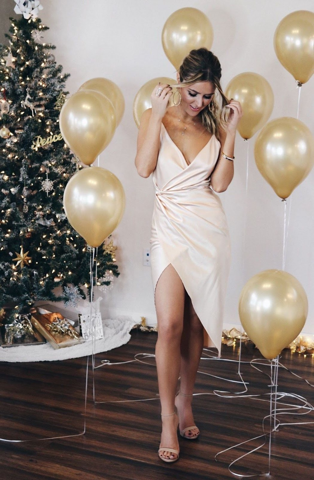 best festive outfit idea / silk dress and heels