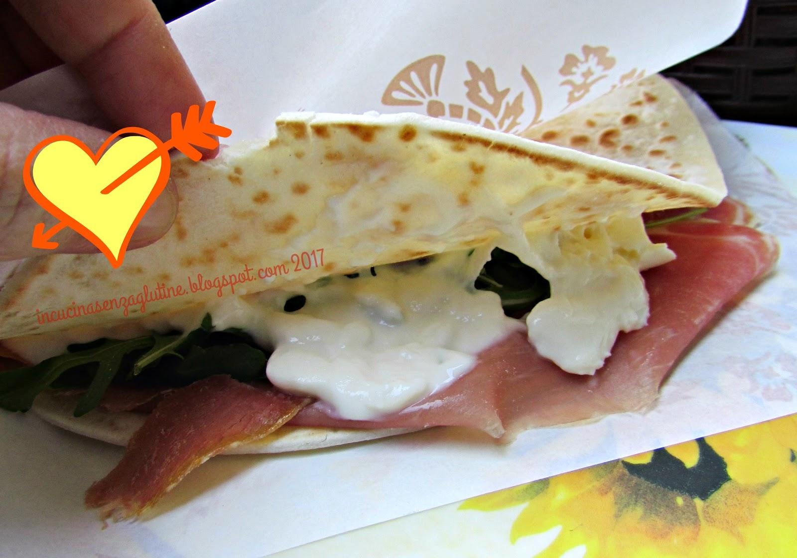 Piadina Senza Glutine Da Cupido A Ravenna Farcita Con Crudo Rucola E  #C74104 1600 1120 Cucina Mediterranea Senza Glutine