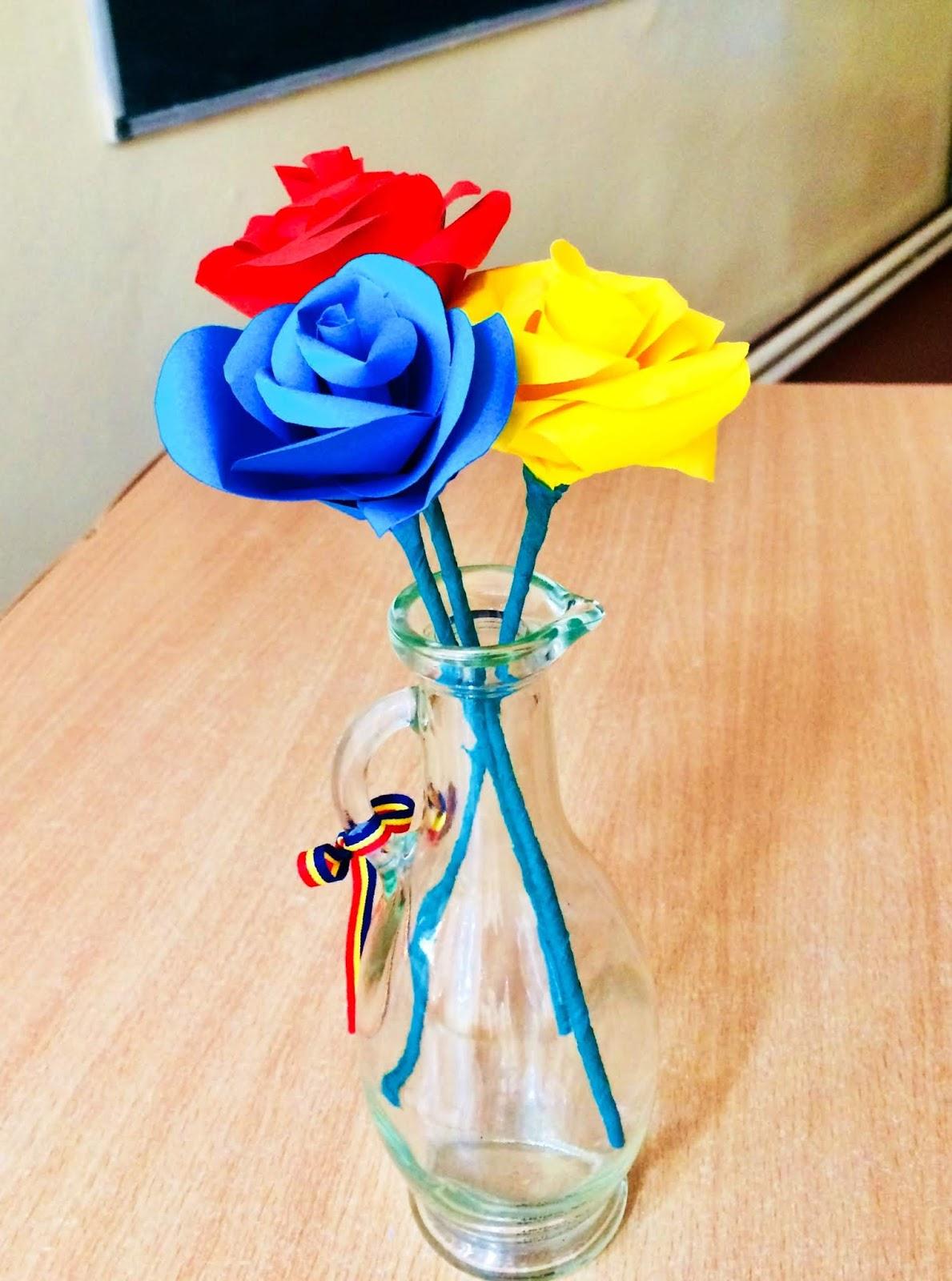 Trandafiri tricolori