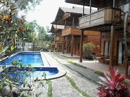 Jambuluwuk Puncak Resort, Spot Paling Menjanjikan untuk Team Building Bisnis Anda
