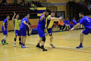 Partido entre el Club Balonmano Barakaldo y el Bidasoa Irún
