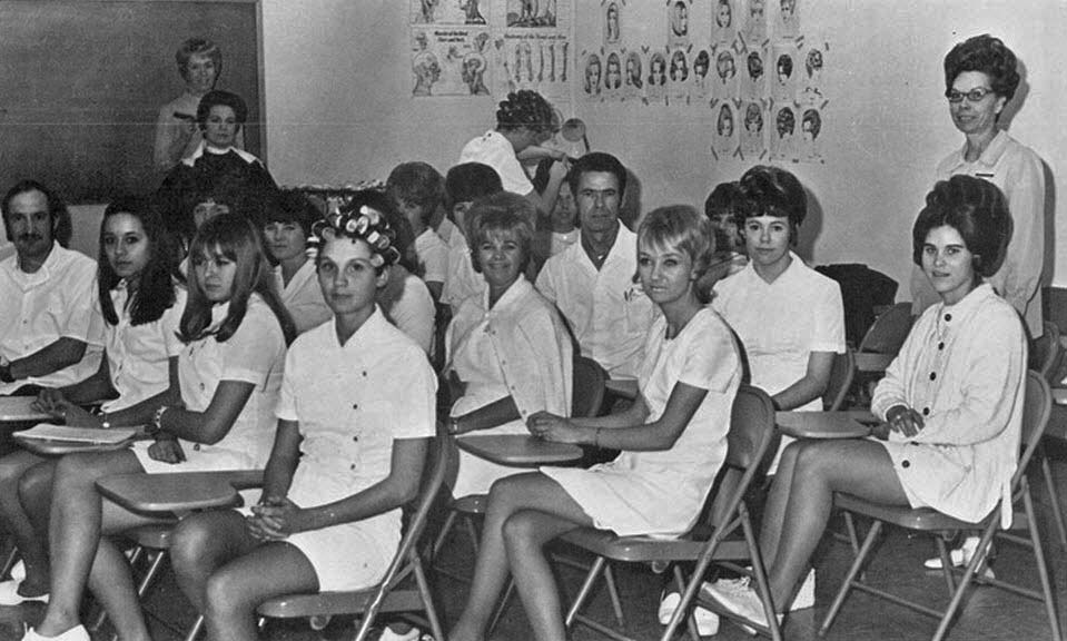 Photos Of Beauty Salon Amp Barber Shop In The 1970 S