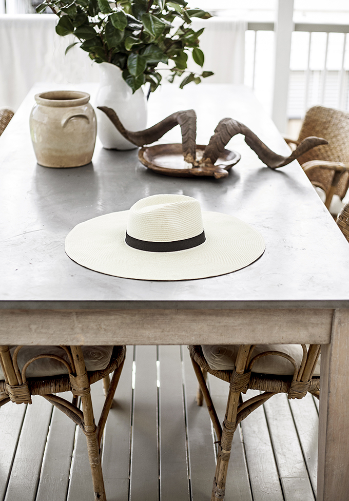 Rustic design in this dining area by Kara Rosenlund - found on Hello Lovely Studio