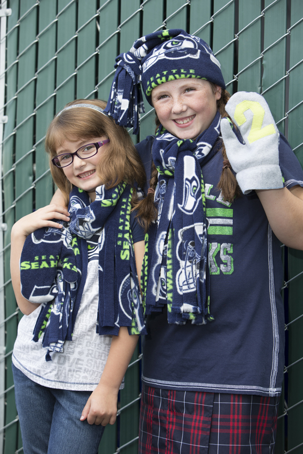 SeaHawks Fleece @craftsavvy #craftwarehouse #fleece #seahawks #football #diy