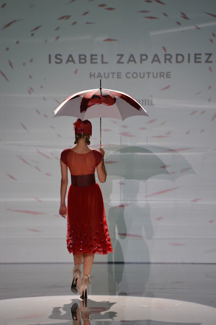 """Isabel Zapardiez"""