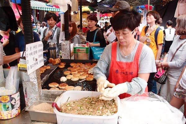 【韓國旅遊】去韓國邊走邊吃!11種路邊攤小吃,不一定好吃但一定要嘗試!