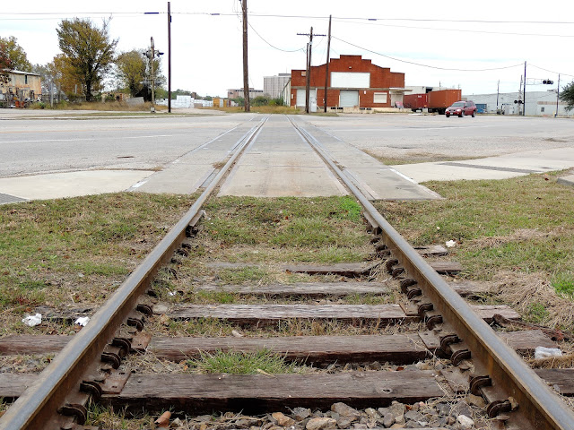 Old Railroad track crossing Navigation Blvd at Engelke St