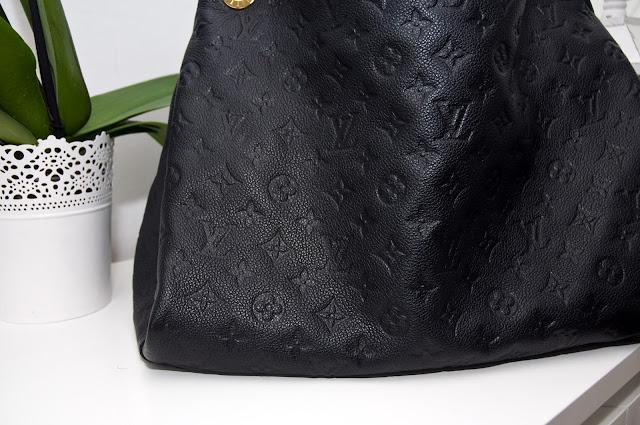 emblematy i wzory Louis Vuitton na oryginał a podróbka