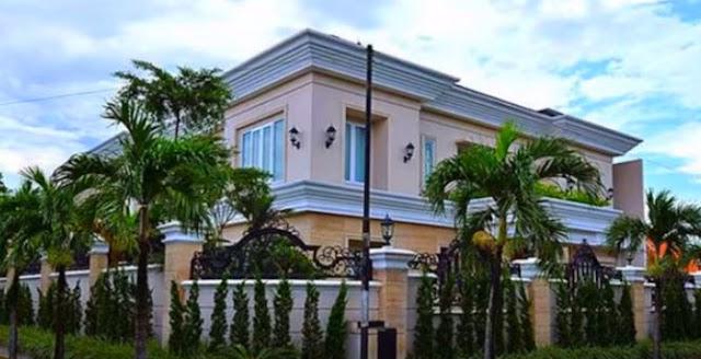 contoh desain rumah terbaik terbaru modern klasik ideal bagi semua orang