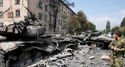Із початку війни на Донбасі загинуло понад 10 тис. осіб