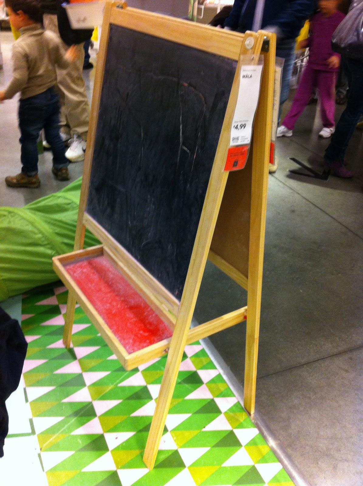 BAMBINO DI MAMMA: LAVAGNA PER BAMBINI IKEA