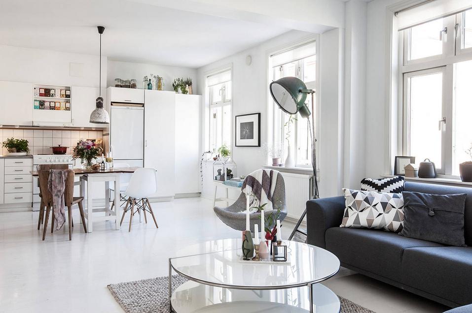 estilo decorativo para decorar tu piso de alquiler para alquilar fácil y rápido con salón diáfano y neutro