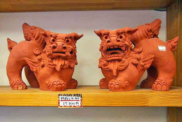 Red clay Shisa, statues, pair