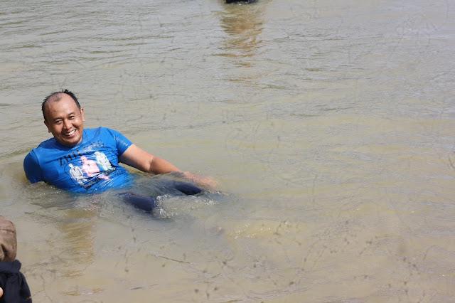 Pantai Bengkunat Belimbing Pesisir Barat