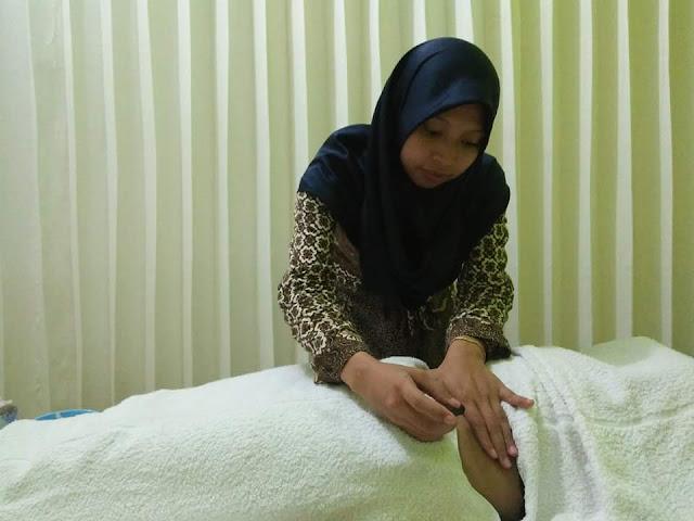 Proses Terapi Pasien Adnexitis di Klinik Holistik Elif Medika