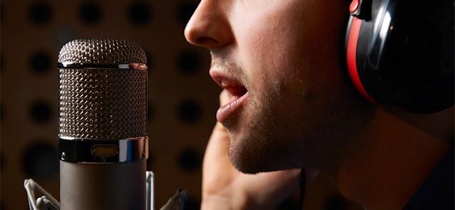 Técnicas vocais: cuidados no uso da voz como profissão