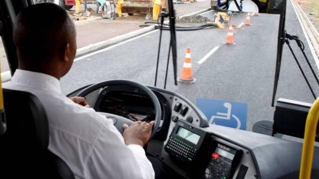 Japonês prodígio motorista caminhão
