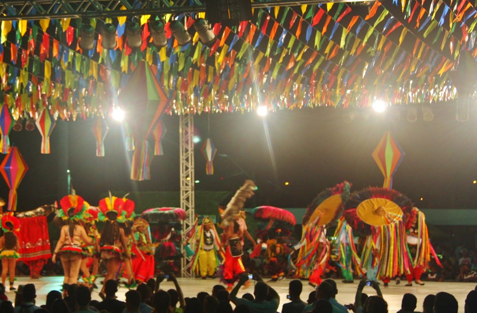Festa do Bumba-meu-boi no São João do Maranhão
