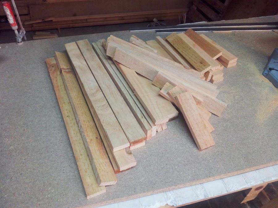Arbol de madera listones