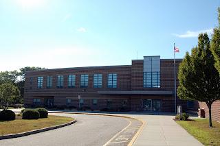 Horace Mann MIddle School, 224 Oak St