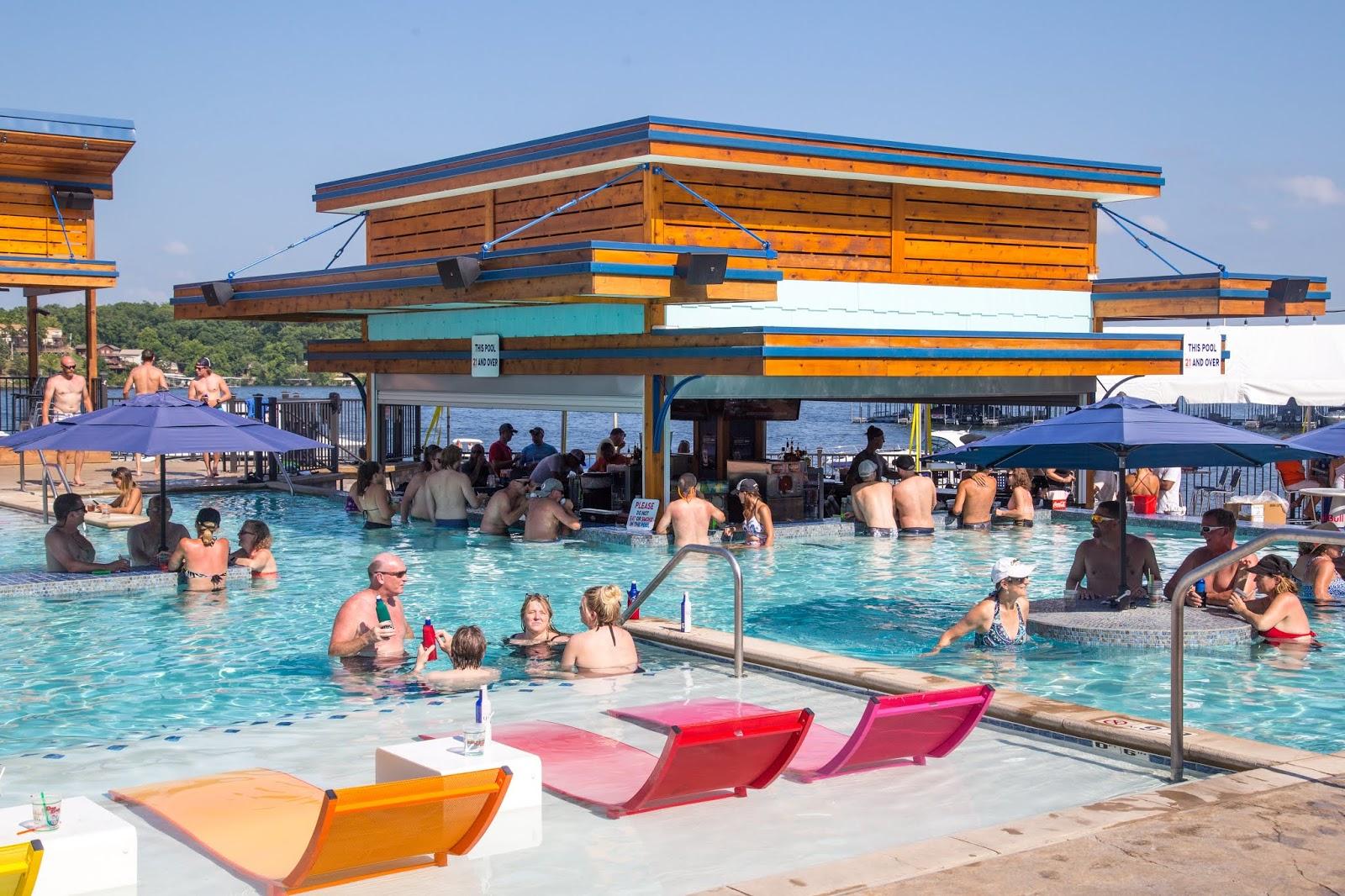 Dog Days Bar Amp Grill Lake Of The Ozarks 2019