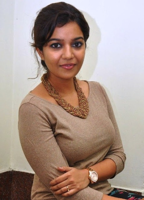 Swathi-reddy-actress-wallpapers02