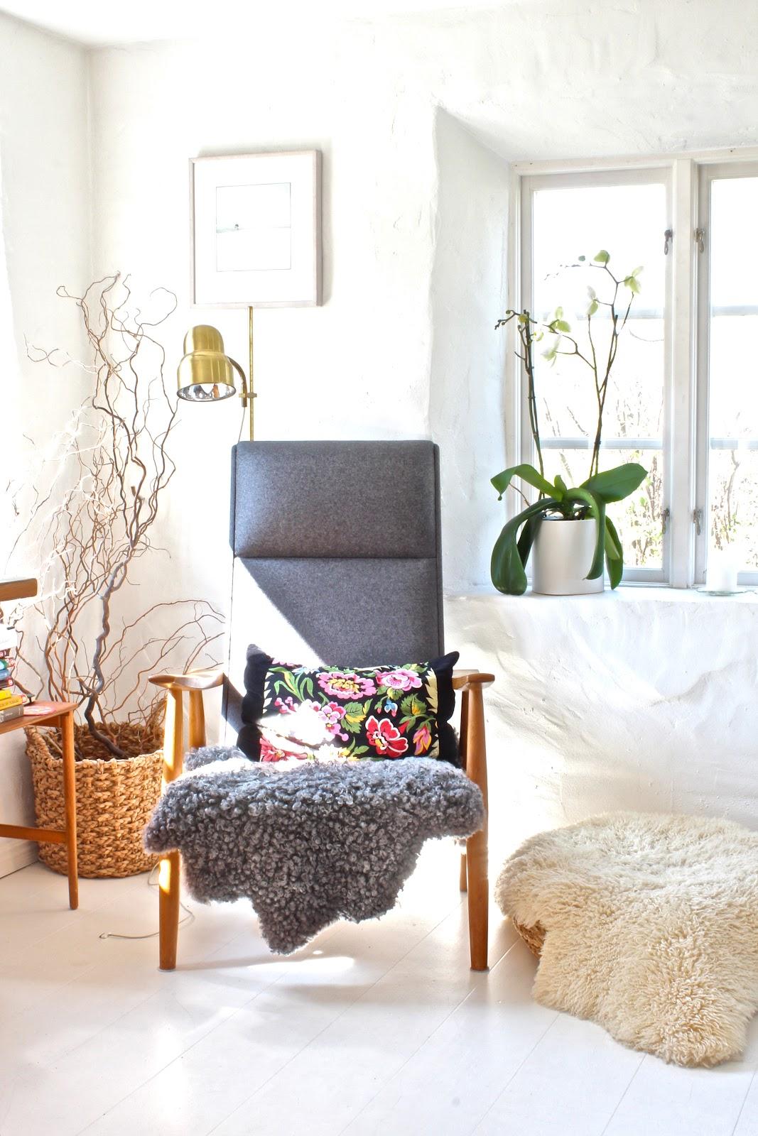 my scandinavian home a renovated swedish fisherman 39 s cottage. Black Bedroom Furniture Sets. Home Design Ideas