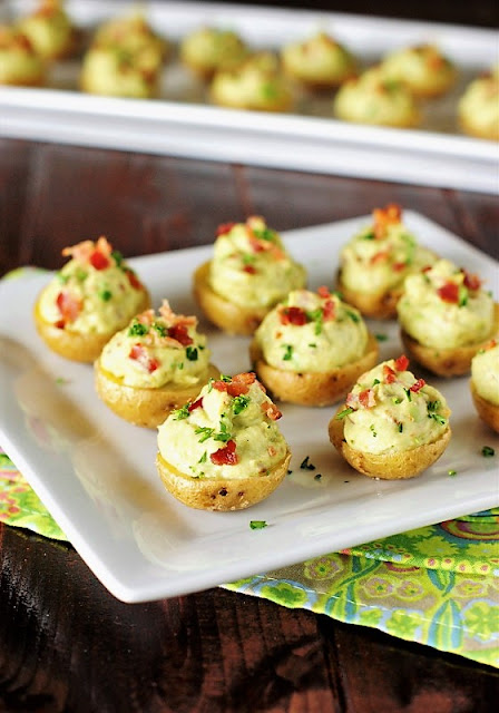 40+ Food & Drink Recipes for Cinco de Mayo Fun - Bacon Guacamole Potato Bites Image