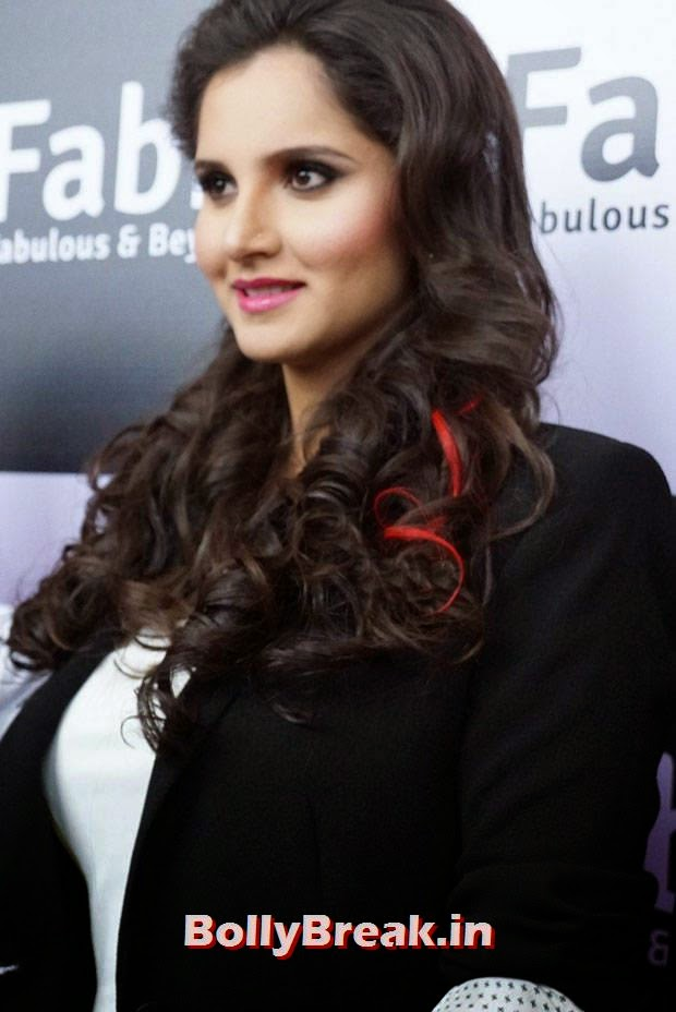 , Sania Mirza in White Short & Tight Dress at Event