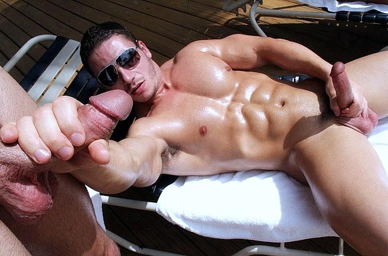 Парни накачали парня спермой, порно видео лучшие в хорошем качестве