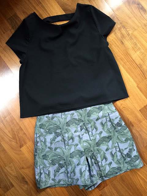 Diary of a Chain Stitcher: Tropical Holly Shorts and Black Inari Tee with Cut Out Back