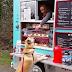 Mobil Khusus Jual Makanan Anjing dan Kucing Keliling Mencari Pembeli